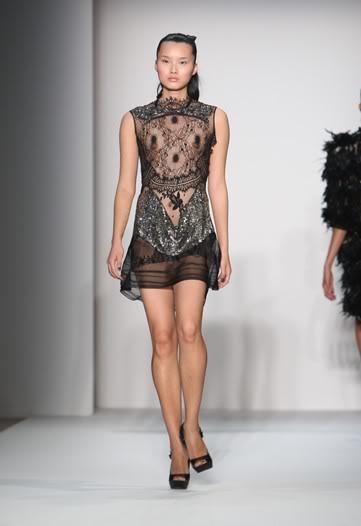 Платье-будуар Toni Maticevski